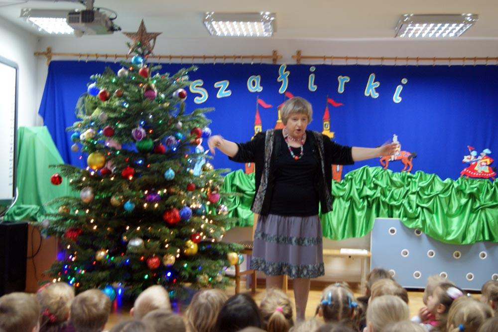 Mikołajki w przedszkolu, spotkanie ze znaną autorką piosenek i liteatury dziecięcej DOROTĄ GELLNER