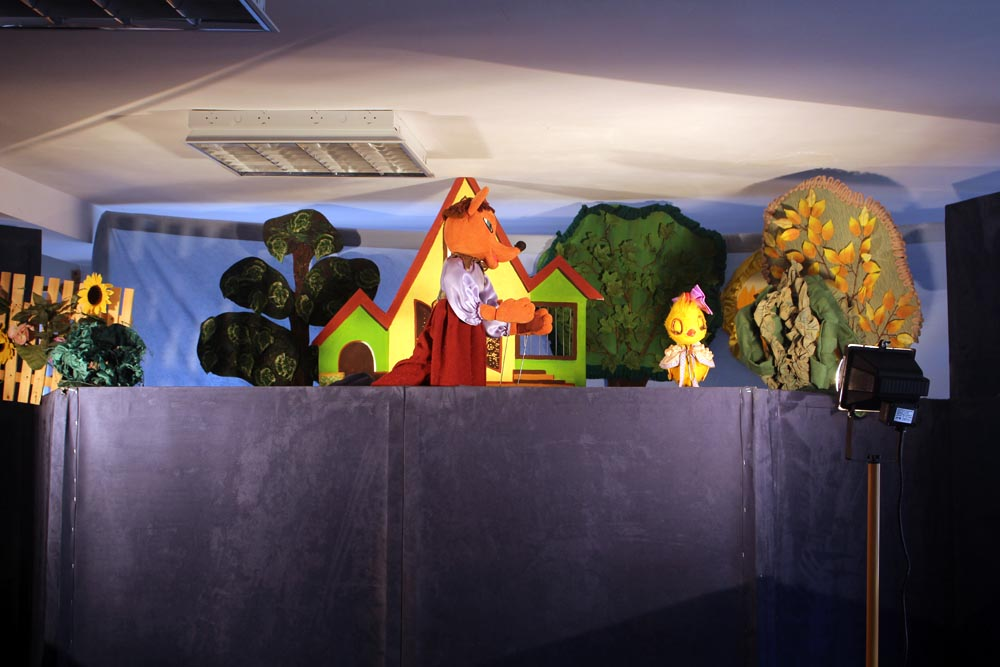 "Teatr Lalek ""Fraszka"", spektakl pt.: ""Złoty kurczak"""