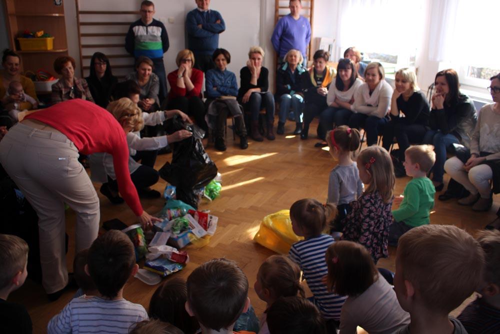 Zajęcie otwarte dla rodziców i zebranie w grupie Szafirków