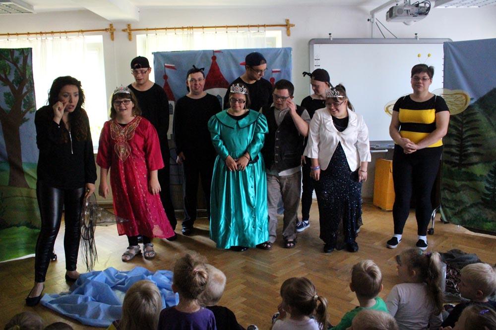 Wizyta podopiecznych Koła Dzieci i Młodzieży Niepełnosprawnej w Ząbkach