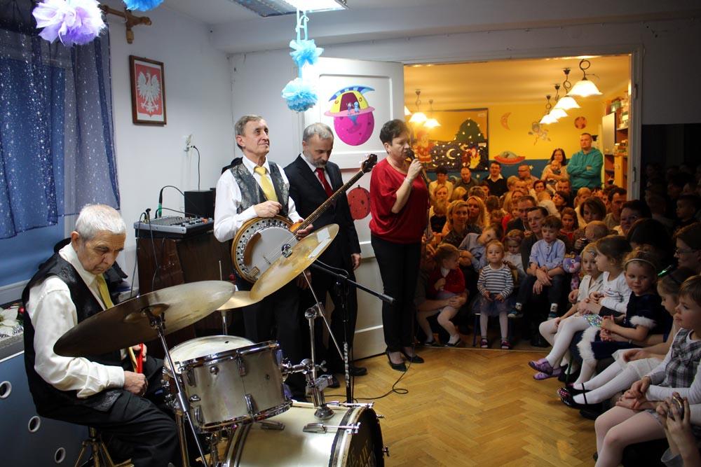 Uroczysty Koncert Wigilijny dla całej społeczności przedszkolnej