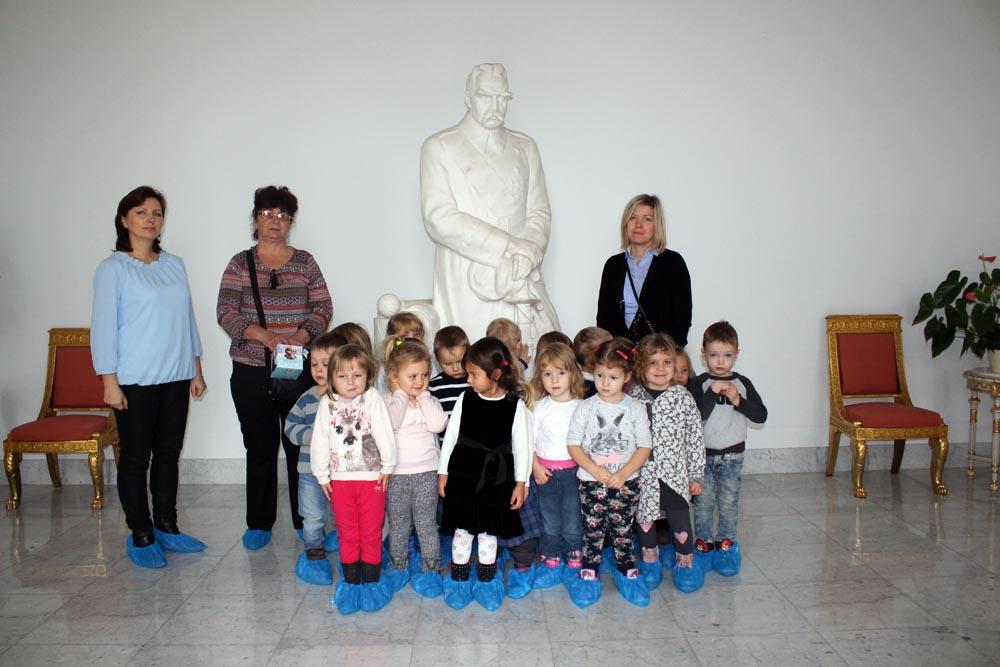 Przedszkolaki w Belwederze