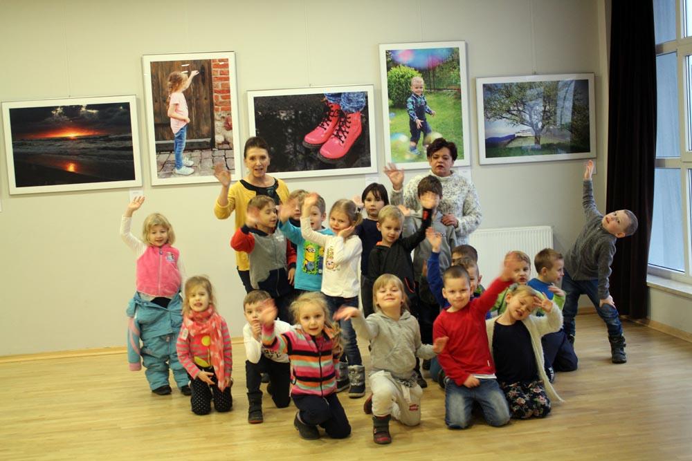 Szafirki i maczki na wystawie fotografii w Miejskim Ośrodku Kultury w Zabkach