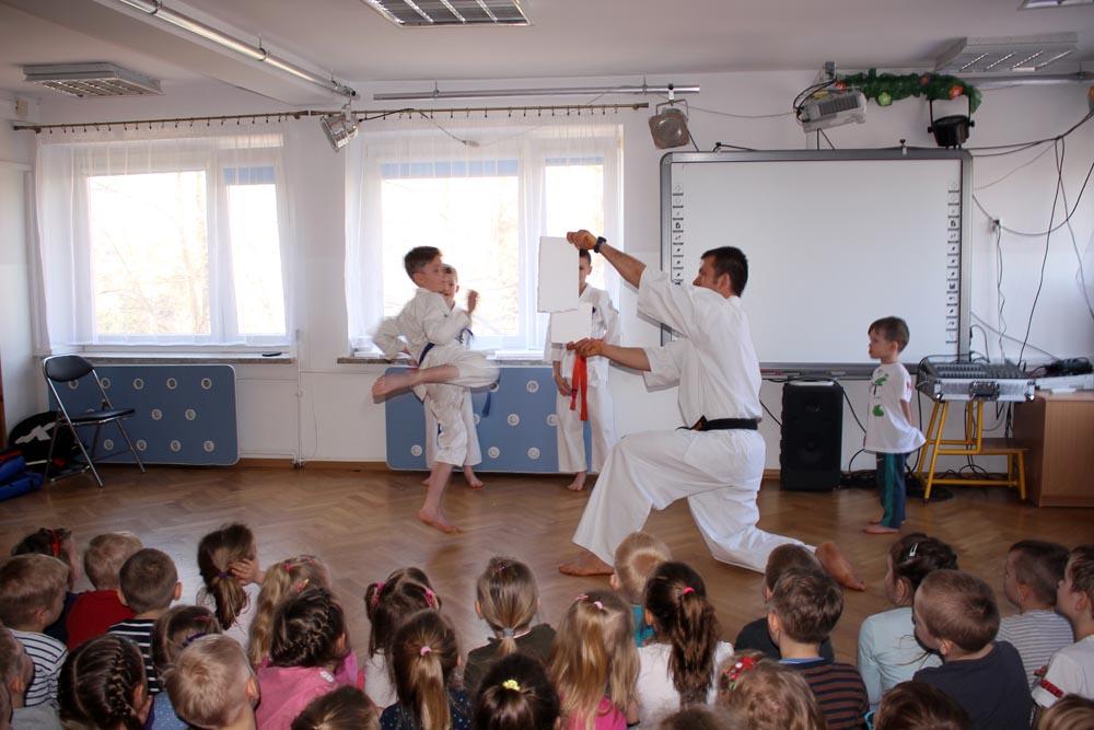 Pokaz Klubu Sportów Walki  Karate Kyokushin