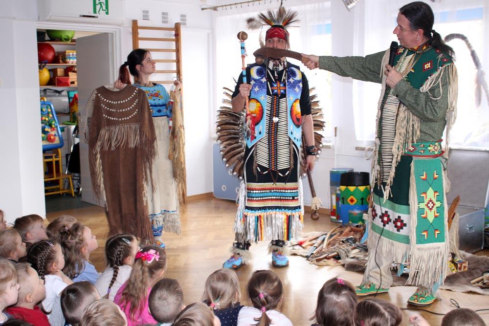 """Koncert """"Spotkanie z kulturą Indian Ameryki Północnej"""""""