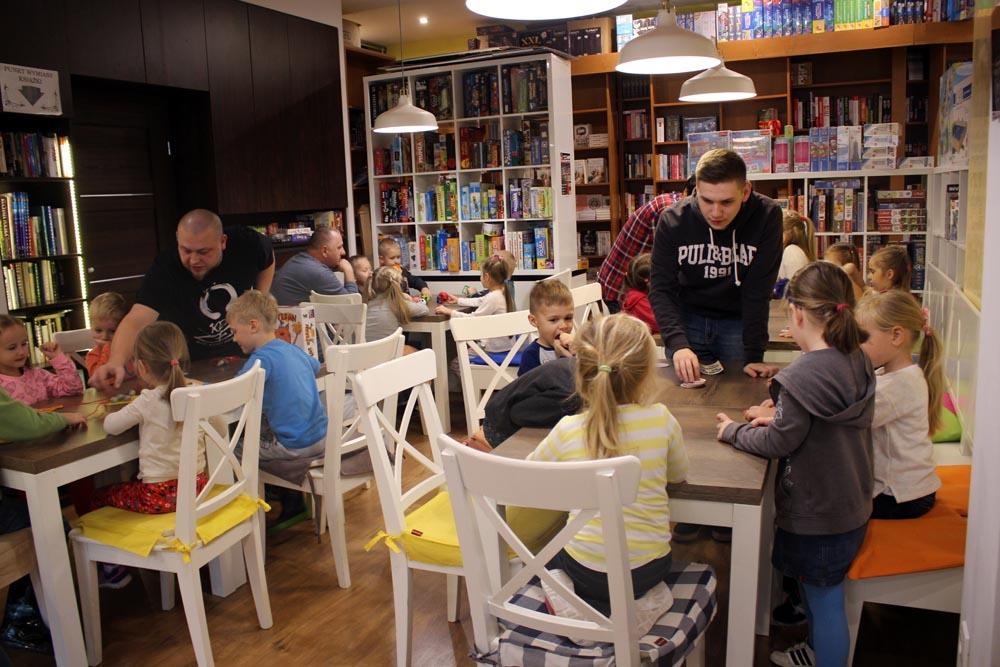 Gry planszowe w Cafe Orla – Kryształki, Groszki