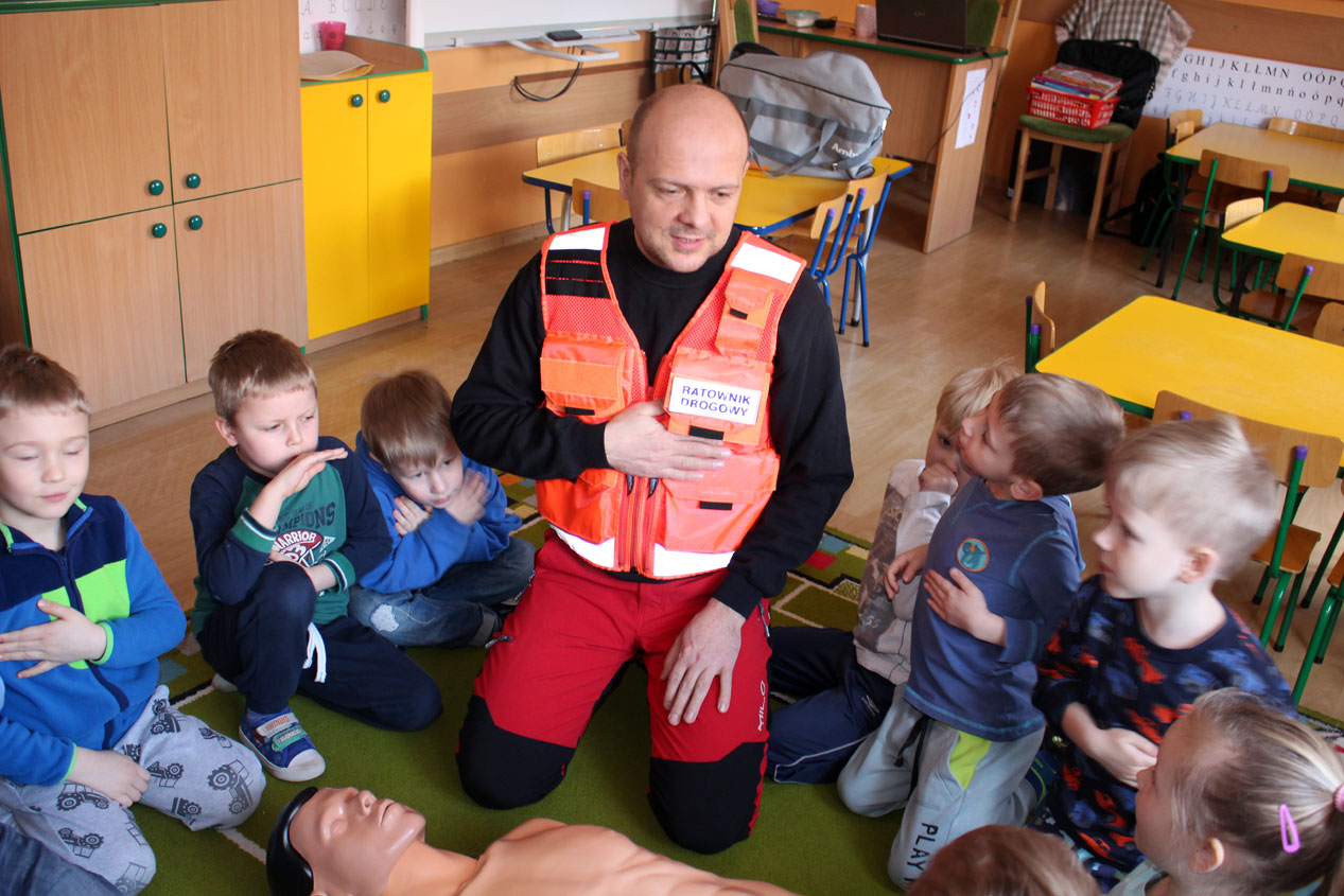 Zajęcia z pierwszej pomocy w Kryształkach