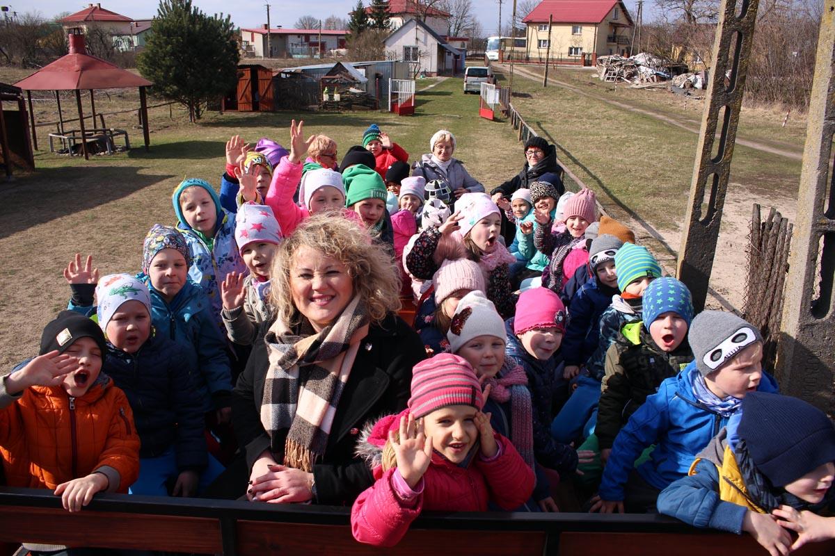 Pierwszy Dzień Wiosny i topienie Marzanny we wsi Borki
